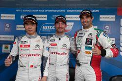 Polesitter: Jose Maria Lopez, Citroën C-Elysee WTCC, Citroën World Touring Car team, Ma Qing Hua, Ci