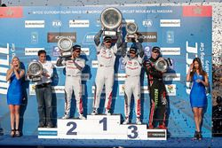 Podium: winner Yvan Muller, Citroën C-Elysee WTCC, Citroën World Touring Car team, second place Séba