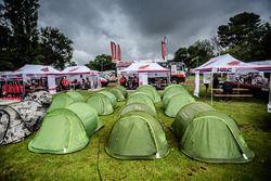 Honda takım çadırı