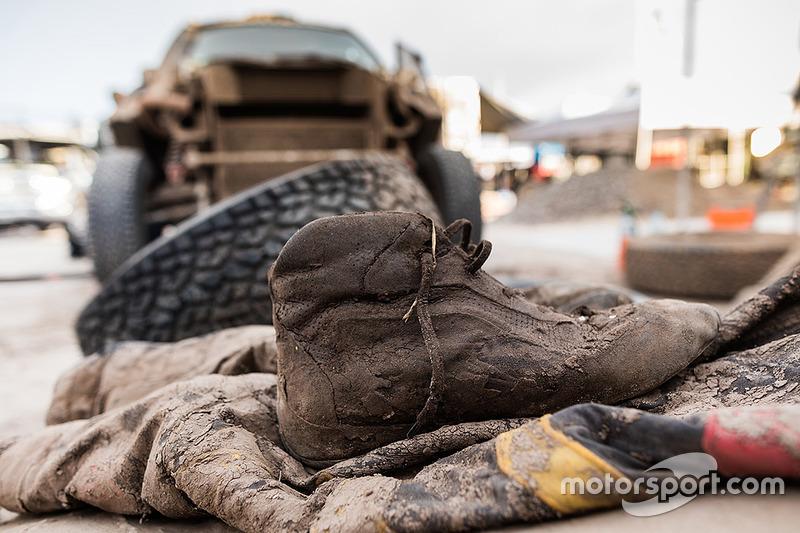 7. Zapatos de carreras llenos de fango