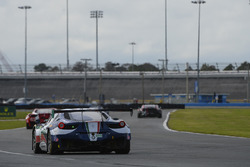 #51 Spirit of Race车队 法拉利458 GT3:皮特•曼恩、拉斐尔•吉玛利亚、马特奥•克雷索尼、马克•乔奇
