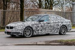 2017 BMW 5 Series spyfoto