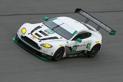 Пол Далла-Лана, Педро Лами, Матиас Лауда и Ричи Стэнэвей, #98 Aston Martin Racing Aston Martin Vanta