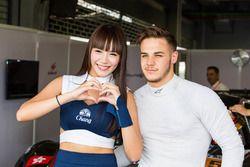 Alessio Picariello met gridgirl