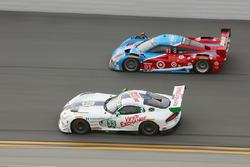 #33 Riley Motorsports SRT Viper GT3-R: Ben Keating, Jeroen Bleekemolen, Marc Miller, Dominik Farnbac