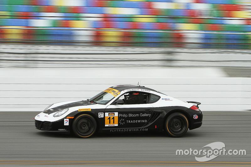 #11 DeMan Motorsport Porsche Cayman: Ethan Low, Philip Bloom, Andrew Evans
