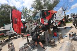 Team de Rooy monteur aan het werk