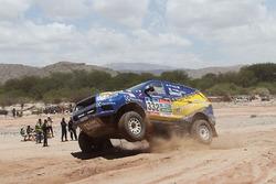 #332 Foton: Javier Moreno, Gabriel Araya Diaz