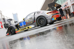 #2 Abu Dhabi Racing Black Falcon Mercedes AMG GT3: Халед Аль Кубезі, Хуберт Хаупт, Йерун Блекемолен,