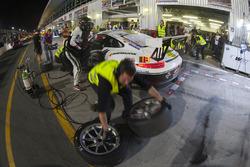 #61 Black Falcon Team TMD Friction Porsche 991 Cup: Saud Al Faisal, Manuel Metzger, Gerwin Schuring,