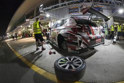 #1 Memac Ogilvy Duel Racing Seat Leon Cup Racer: Phil Quaife, Sami Moutran, Nabil Moutran, Ramzi Mou