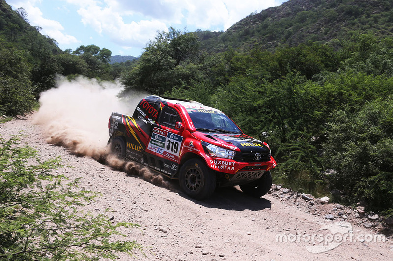 #206 Leeroy Poulter, Toyota Hilux
