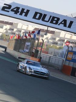 #22 Preci - Spark Mercedes SLS AMG GT3: David Jones, Godfrey Jones, Morgan Jones, Philip Jones, Gare
