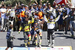 Podium motos: Ganador, Toby Price, segundo, Stefan Svitko, tercero, Pablo Quintanilla