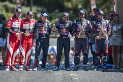 Podium autos: ganadores, Stéphane Peterhansel, Jean-Paul Cottret, segundos, Nasser Al-Attiyah and Matthieu Baumel, terceros, Giniel de Villiers, Dirk Von Zitzewitz