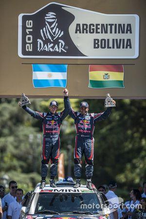 2. in der Auto Kategorie Nasser Al-Attiyah and Matthieu Baumel