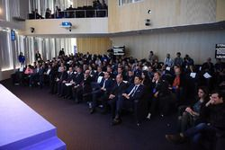Media op de persconferentie