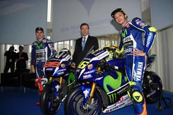Jorge Lorenzo, Valentino Rossi et Lin Jarvis, Yamaha Factory Racing