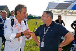 Луис Мойя, Volkswagen Motorsport, и Клаус Алловс