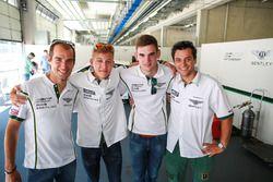 #7 Bentley Team HTP Bentley Continental GT3: Jereon Bleekemolen, Luca Stolz y #8 Bentley Team HTP Be