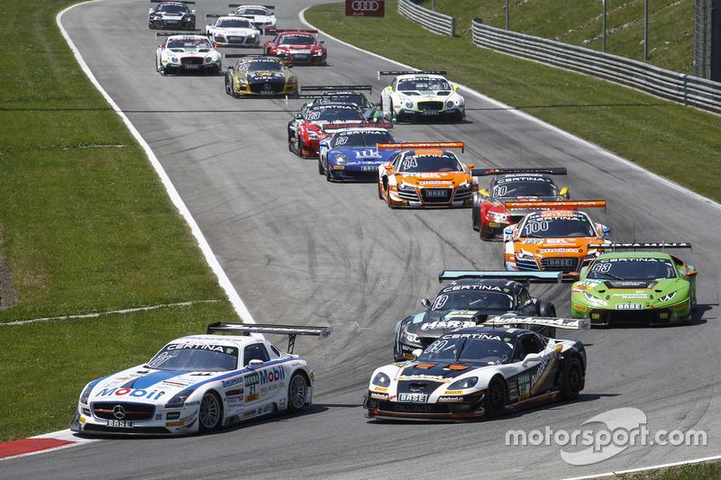 Start action with #21 Team Zakspeed Mercedes-Benz SLS AMG GT3: Sebastian Asch, Luca Ludwig; #69 Call