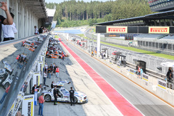 View to the pitlane