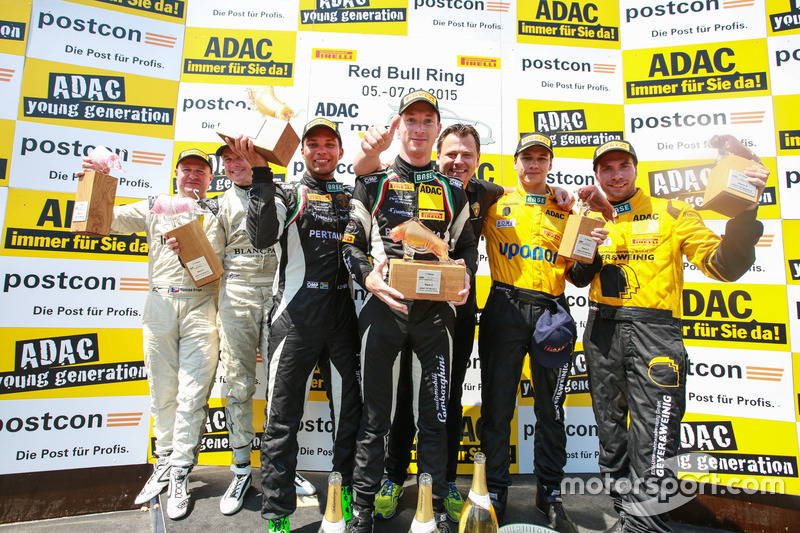 Podium, 2nd #25 Reiter Engineering Lamborghini Gallordo R-EX: Tomas Enge, David Russel, 1st #63 GRT