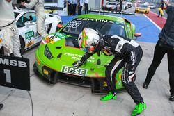#63 GRT Grasser Racing Team Lamborghini Huracan GT3: Adrian Zaugg