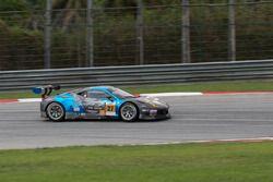 #27 Nexus Infinity Ferrari 458 GT3: Joshua Hunt, Dominic Ang, Adrian D'Silva