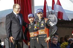 3. Thierry Neuville, Nicolas Gilsoul, Hyundai Motorsport, mit Fürst Albert von Monaco