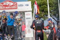 Podium: third place Thierry Neuville, Nicolas Gilsoul, Hyundai Motorsport