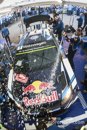 Winners Sébastien Ogier, Julien Ingrassia, Volkswagen Motorsport