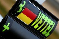 Pit board signs for Sebastian Vettel, Ferrari