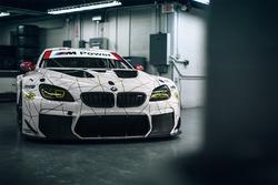 BMW M6 GTLM im Jubiläumsdesign für 100 Jahre BMW
