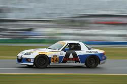 #34 Alara Racing Mazda MX-5: Christian Szymczak, Justin Piscitell