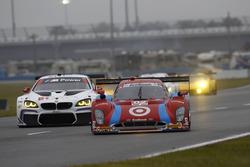 Скотт Диксон, Тони Канаан, Джейми МакМарри и Кайл Ларсон, #02 Chip Ganassi Racing Riley DP Ford