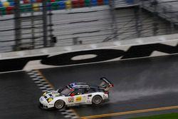 #912 Porsche Team North America Porsche 911 RSR : Michael Christensen, Earl Bamber, Frédéric Makowiecki