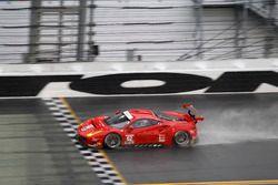 #62 Risi Competizione Ferrari F458: Davide Rigon, Olivier Beretta, Giancarlo Fisichella, Toni Viland