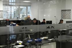 Scuderia Toro Rosso atölyesindeki ofis