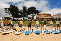 Die Piloten auf den Surfbrettern