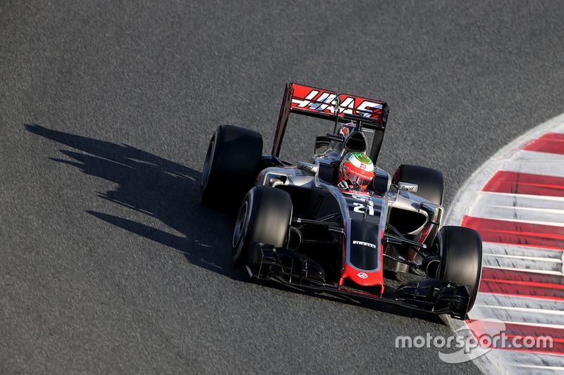 Там же состоялся дебют машины новой команды Формулы 1 Haas