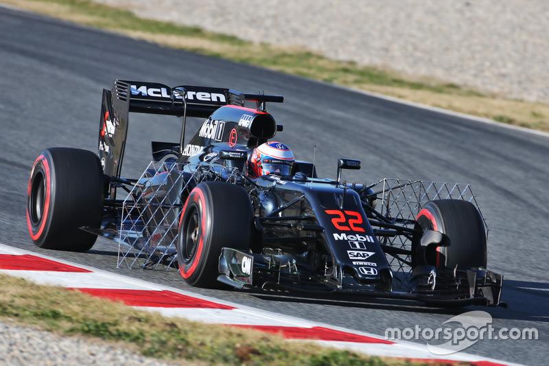 Дженсон Баттон, McLaren MP4-31 с сенсорами на машине