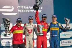 Podio: ganador Lucas di Grassi, ABT Schaeffler Audi Sport, segundo lugar Jérôme d ' Ambrosio, Dragon Racing, tercero Sébastien Buemi, Renault e.Dams