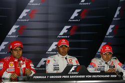Conferencia de prensa de la FIA: Ganador de la pole Lewis Hamilton con Felipe Massa y Heikki Kovalai