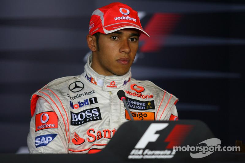 basın toplantısı: Yarış galibi Lewis Hamilton