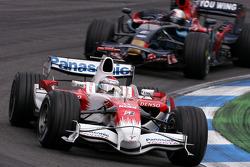 Jarno Trulli, Toyota F1 Team, Sebastian Vettel, Scuderia Toro Rosso