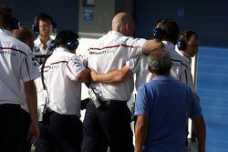 BMW Sauber F1 Team mekanikeri yaralanıyor Christian Klien, Test Pilotu, BMW Sauber F1 Team