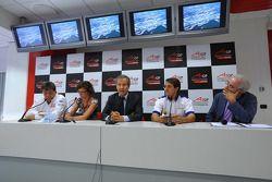 Tony Teixeira, A1GP Chairman, with Mario Almondo, Scuderia Ferrari, Technical Director and Piercarlo Ghinzani, Seat Holder A1 Team Italy, press conference