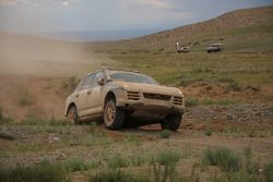Porsche Russia Team 1 Porsche Cayenne S Transsyberia : Denis Levyatov et Sergey Talantsev