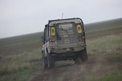 JoeVito Land Rover Defender 90: Panos Meyer et Birger Veit
